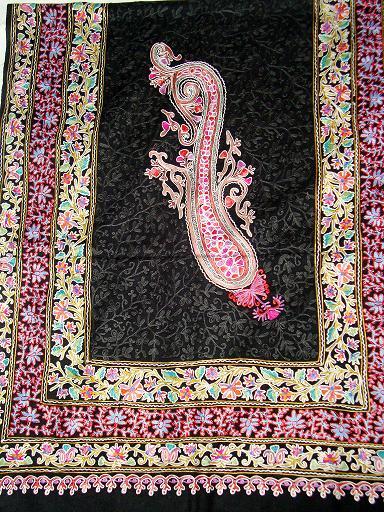 Ganpati Fashions & Girisha Textiles manufacturer and exporters of Wedding Cashmere Shawls, Yoga Cashmere Shawls, Bridal Cashmere Shawls,