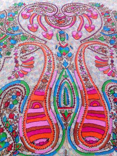 Wholesaler and Supplier of Indian Wool Scarves,Wool Scarves, Wool Jamawar Scarves, Wool Jacquard Scarves, Wool Woven Scarves, Embroidered,