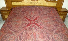 Wholesaler and Exporters of Antique Bed spreads, Exporters of Bed Spreads, Bed sheets, Throws, Manufacturer and Exporters of Throws Wool,